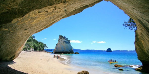cathedral cove from cave